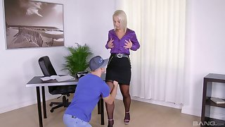 Blonde MILF slut Luci Angel sucks and rides a fixed flannel elbow home