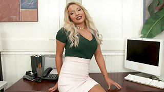 Blonde office girl pleasing the brush boss in POV
