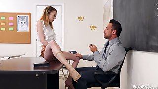 Bad collage wholesale Allie Addison seduces handsome tutor Johnny Castle