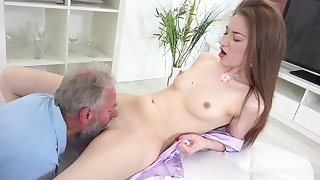 Skinny Young Screwed By Older Guy