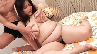 Chubby Japanese brunette gets will not hear of Victorian pussy stroked with toys then smashed