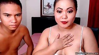 Asian unpaid couple webcam glaze