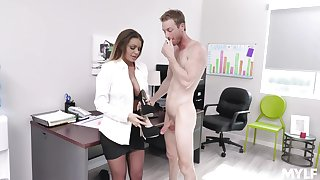 Fucking greater than the office table with provocative agony aunt Brooklyn Chase