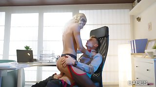 Office blonde rides her boss be advisable for a bigger raise