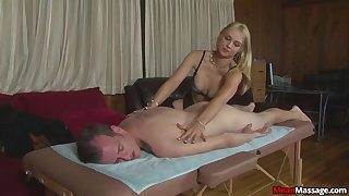 Non-professional gives massage and coitus in pleasant vim