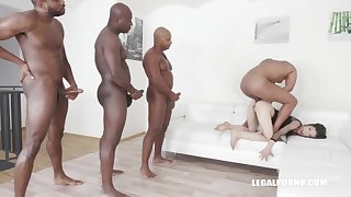 Ciara Riviera is trying an interracial DAP at near a group sex session, together with enjoying it a lot