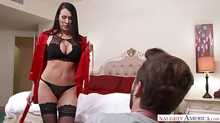 Viagra incident ends concerning crazy mating concerning stepmom Reagan Foxx