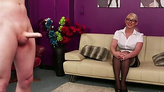 Sexy mart babe Pippa mart watches a clothes-horse stroking his penis